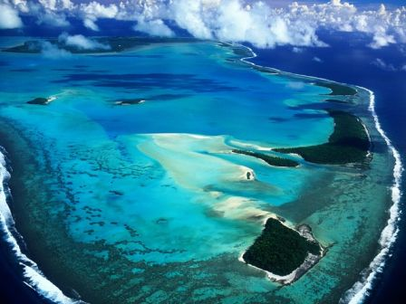 Aerial_View_of_Aitutaki_Island__Cook_Islands.jpg